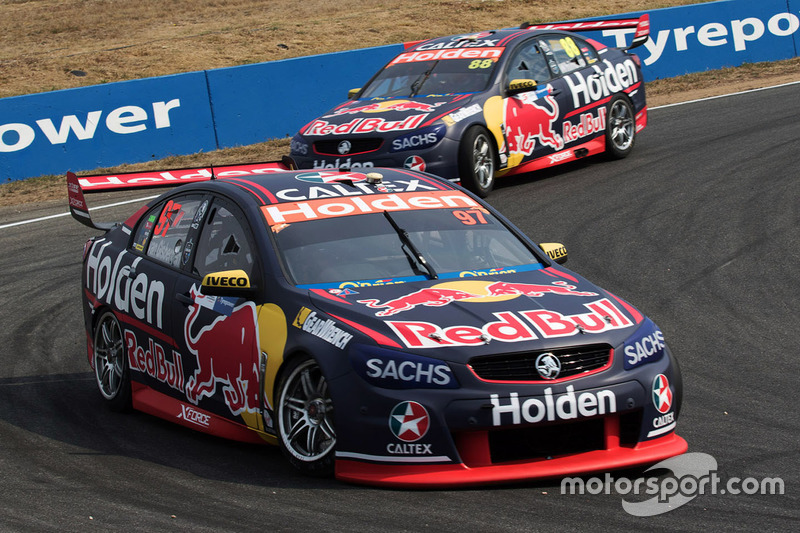 Shane van Gisbergen, Triple Eight Race Engineering, Holden; Jamie Whincup, Triple Eight Race Engineering, Holden