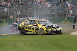 Lee Holdsworth, Team 18 Holden crash