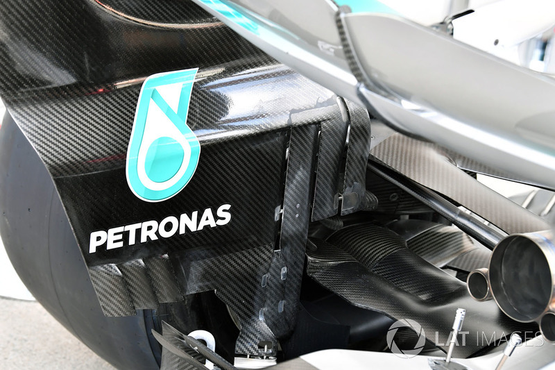 Задня частина Mercedes AMG F1 F1 W08