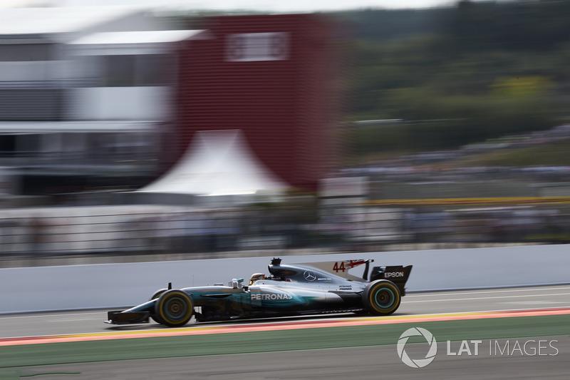 2017: Льюис Хэмилтон, Mercedes AMG F1 W08