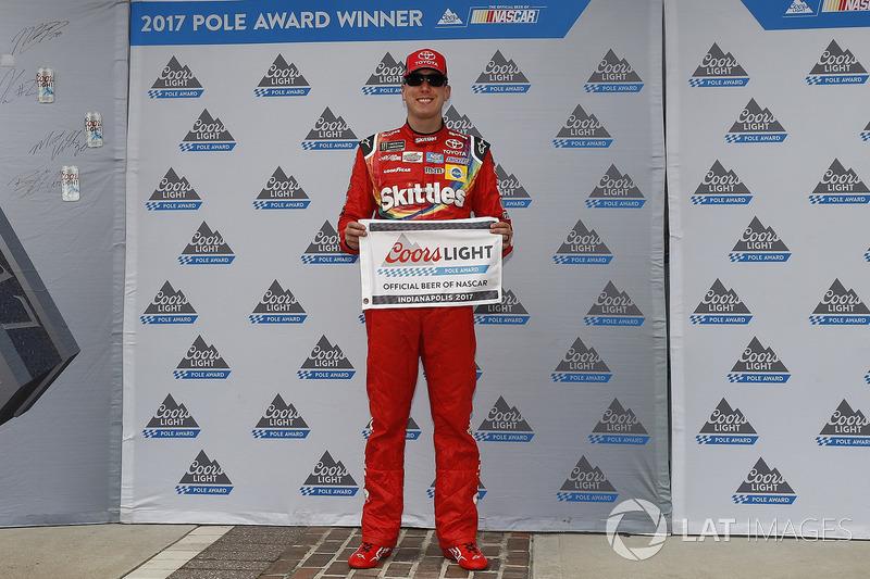 Polesitter Kyle Busch, Joe Gibbs Racing Toyota