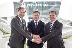 Oliver Blume, CEO Porsche, Alejandro Agag CEO Formula E and Michael Steiner, Porsche
