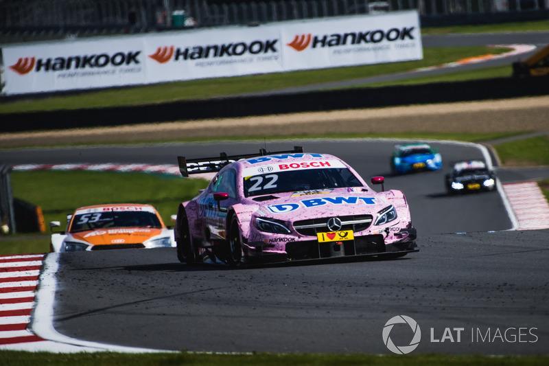 2017-й – предпоследний год для Mercedes в DTM. За четыре этапа до конца сезона среди пилотов «трехлучевых звезд» шансы на титул сохраняет только Лукас Ауэр, а в чемпионате марок Audi опережает Mercedes на 80 очков