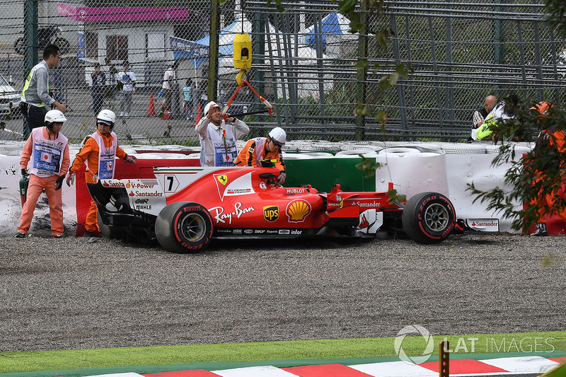 The crashed car of Kimi Raikkonen, Ferrari SF70H