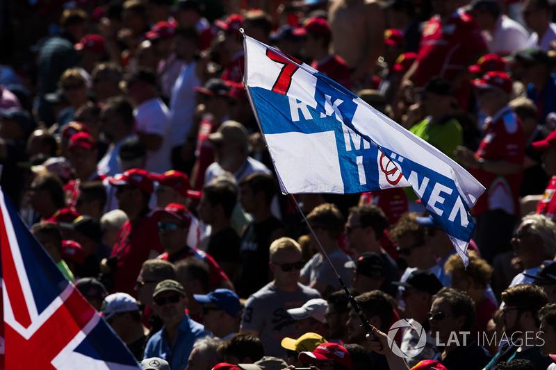 A flag in support of Kimi Raikkonen, Ferrari, in the crowd