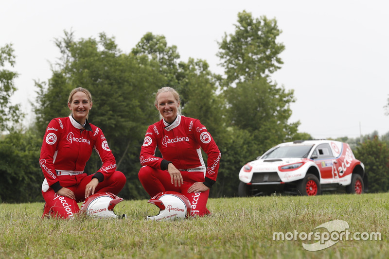 Andrea Mayer; Emma Clair, Acciona 100% Ecopower
