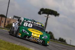 Carro de Marcos Gomes e Antonio Pizzonia