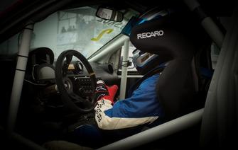 Робоче місце в Ford Fiesta Олега Скуза