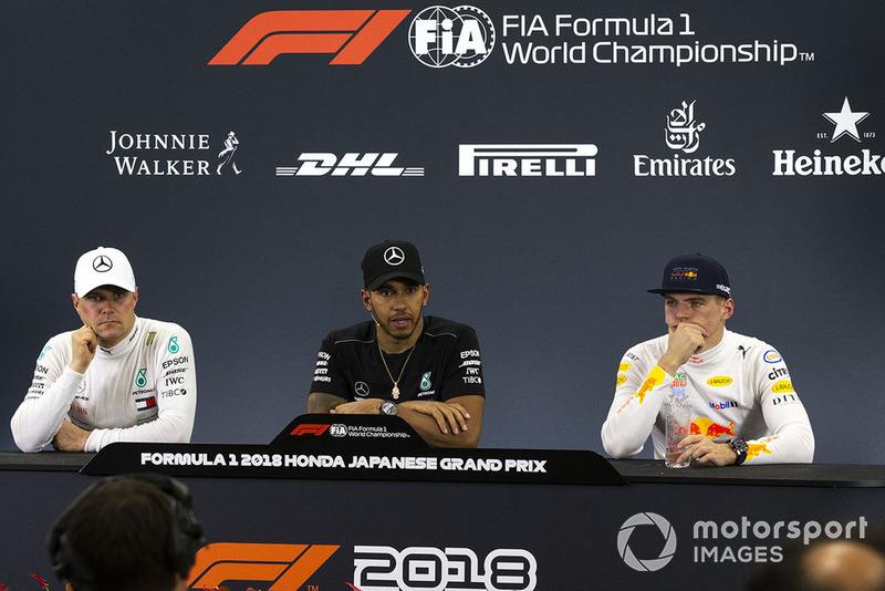 Valtteri Bottas, Mercedes AMG F1, Lewis Hamilton, Mercedes AMG F1 y Max Verstappen, Red Bull Racing