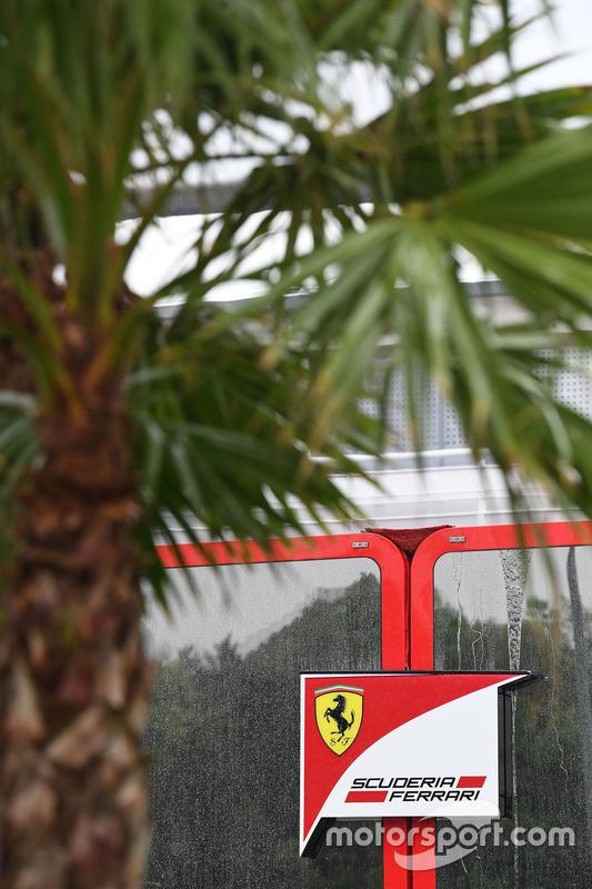 Логотип Ferrari