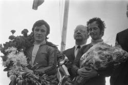 Podium: race winner Angel Nieto, second place Jan de Vries