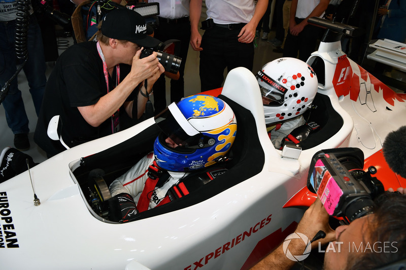 David Saelens, F1 Experiences coche de 2 plazas con Owen Wilson, Actor