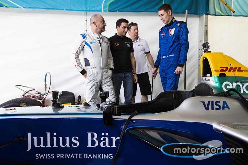 Michael Benyahia manejan el SPARK SRT_01E con Graham Carroll