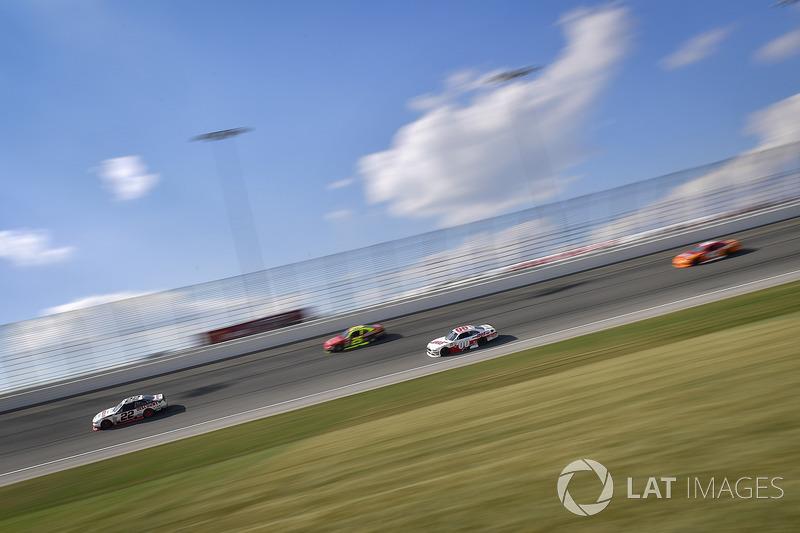 Ryan Blaney, Team Penske Ford, Cole Custer, Stewart-Haas Racing Ford