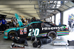 Joe-Gibbs-Racing-Crew