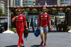 Sebastian Vettel, Ferrari, Trainer Antti Kontsas