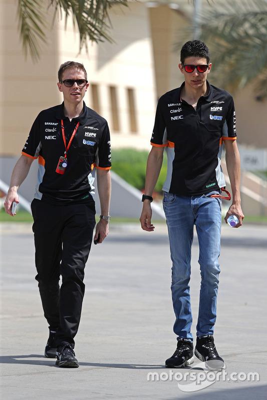 Esteban Ocon, Force India, Will Hings, Sahara Force India F1 Press Officer