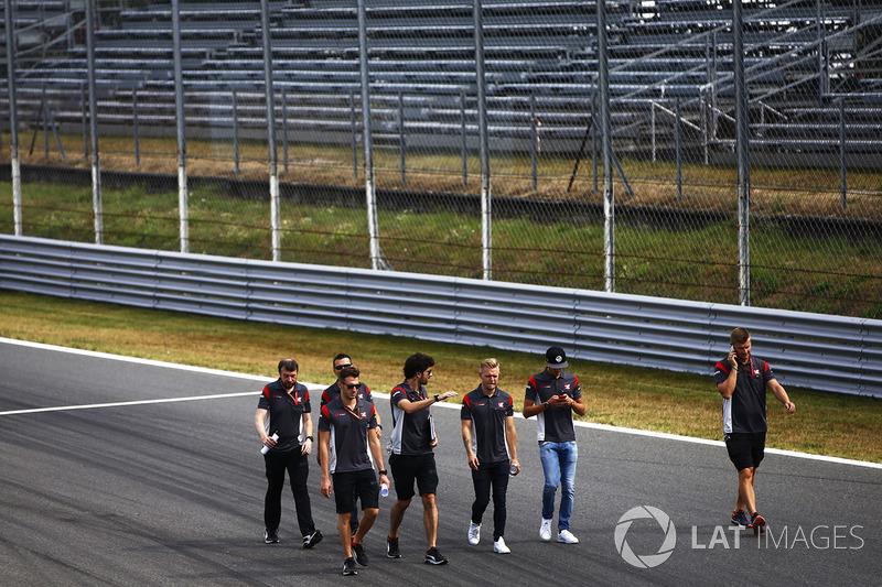 Кевін Магнуссен, Haas F1 Team, з командою