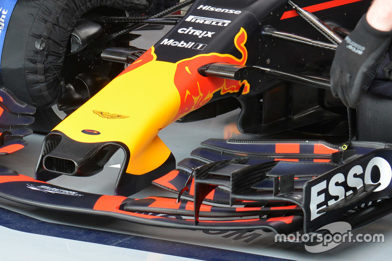 Red Bull Racing RB13 detail voorvleugel