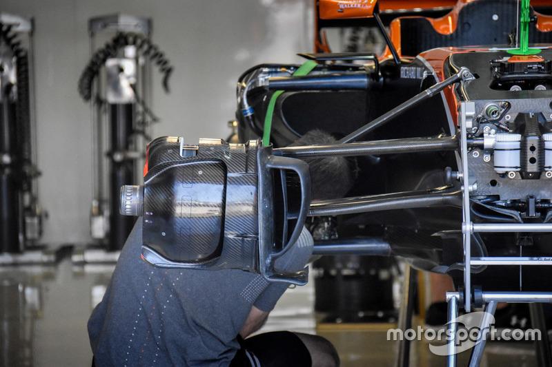 McLaren MCL32, brake detail