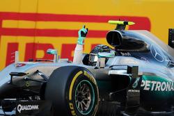 Победитель - Нико Росберг, Mercedes AMG F1 Team в закрытом парке