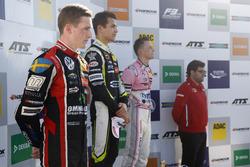 Champion Podium: Champion Lando Norris, Carlin Dallara F317 - Volkswagen, second Joel Eriksson, Motopark Dallara F317 - Volkswagen, third place Maximilian Günther, Prema Powerteam Dallara F317 - Mercedes-Benz