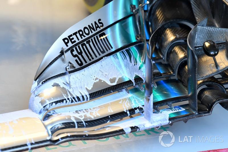 Alerón delantero del Mercedes-AMG F1 W09 pintado