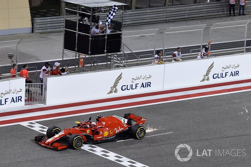 Гран Прі Бахрейну. Переможець - Себастьян Феттель
