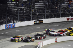 Dreher: Denny Hamlin, Joe Gibbs Racing Toyota, Ryan Blaney, Wood Brothers Racing Ford