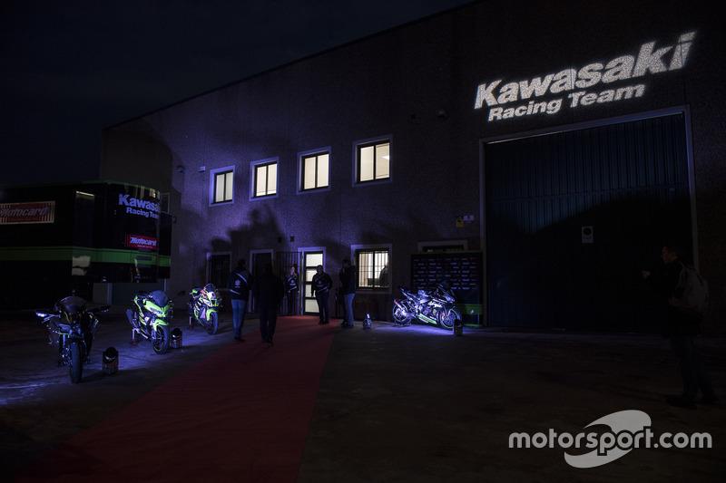 Presentación Kawasaki ZX-10RR