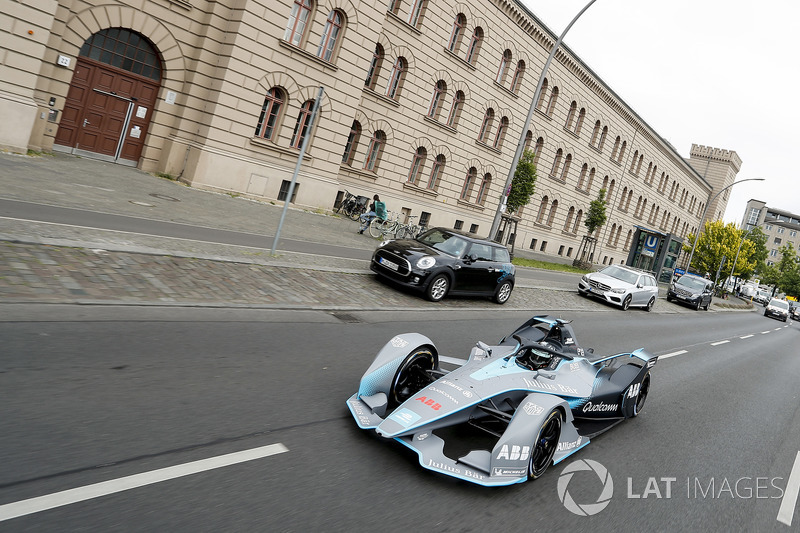Formula 1 World Champion, Nico Rosberg, drives the Formula E Gen2 car around the streets of Berlin