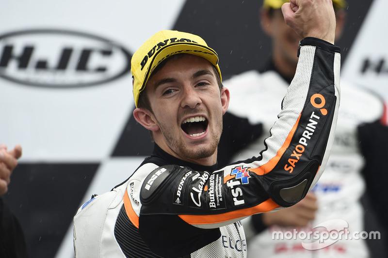 Podio: il vincitore della gara John McPhee, Peugeot MC Saxoprint
