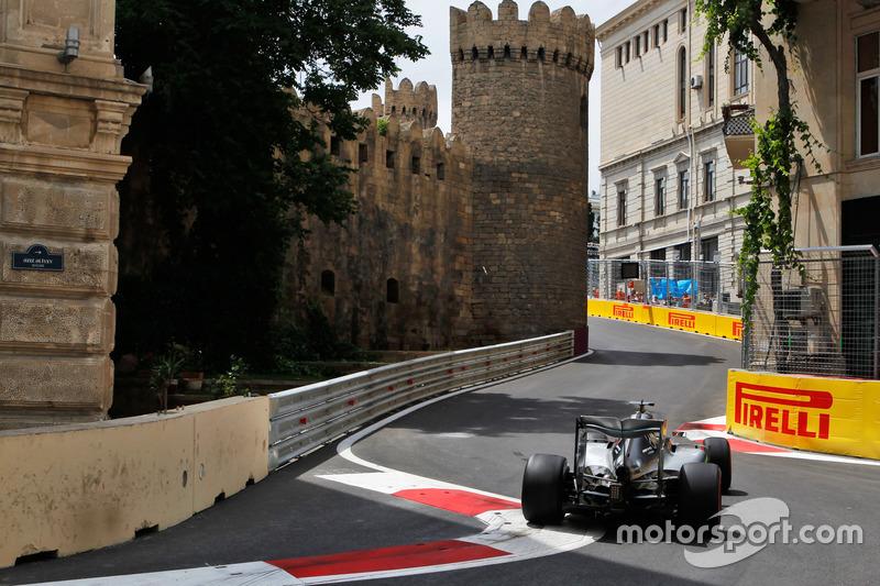 48: Гран Прі Європи, Баку. Льюіс Хемілтон, Mercedes AMG F1 W07 Hybrid