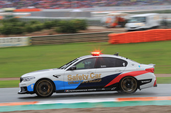Safety-Car im Regen