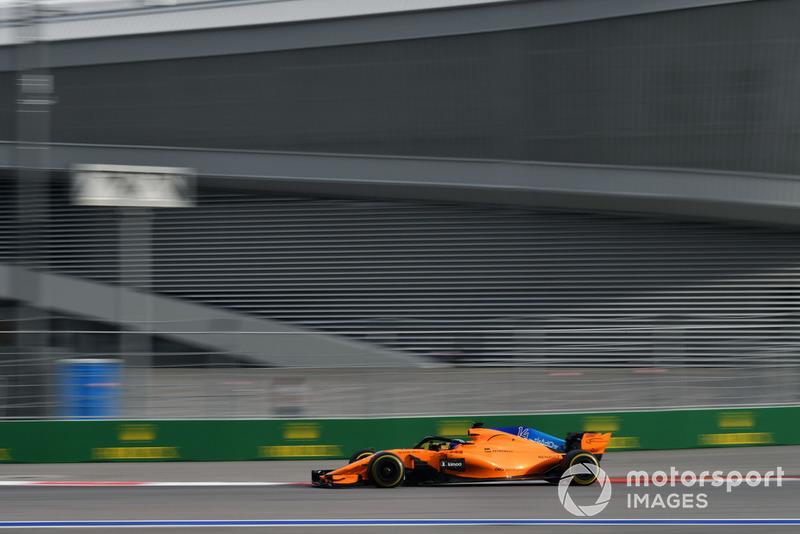 16. Fernando Alonso, McLaren MCL33*