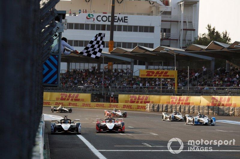 Lucas Di Grassi, Audi Sport ABT Schaeffler, Audi e-tron FE05, gana la carrera de Pascal Wehrlein, Mahindra Racing, M5 Electro