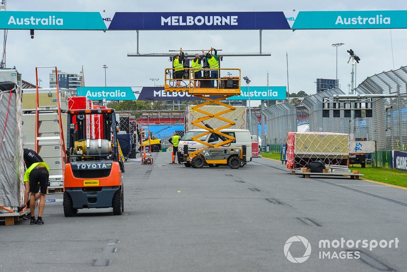 Set up in progress on the starting grid