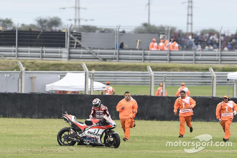 Jorge Lorenzo, 7 kali kecelakaan