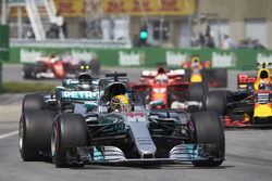 Lewis Hamilton, Mercedes AMG F1 W08, Valtteri Bottas, Mercedes AMG F1 W08