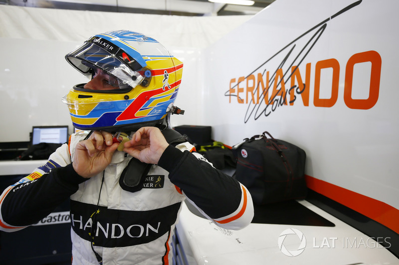 Сход. Фернандо Алонсо, McLaren