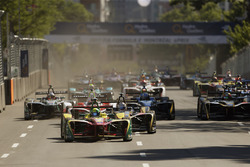 Lucas di Grassi, ABT Schaeffler Audi Sport, leads at the start