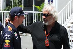 Max Verstappen, Red Bull, greets Flavio Briatore