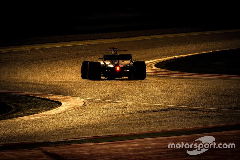 Mercredi : Romain Grosjean, Haas F1 Team VF-17