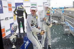 Podium: Ganador, Lando Norris, Carlin Dallara F317 - Volkswagen, segundo, Jake Hughes, Hitech Grand Prix, Dallara F317 - Mercedes-Benz, tercero, Ralf Aron, Hitech Grand Prix, Dallara F317 - Mercedes-Benz