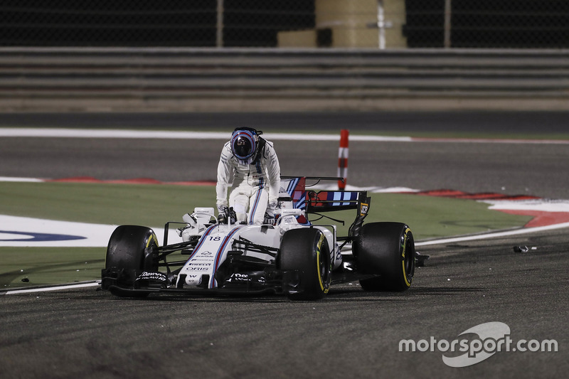 Лэнс Стролл, Williams FW40 (пять сходов)