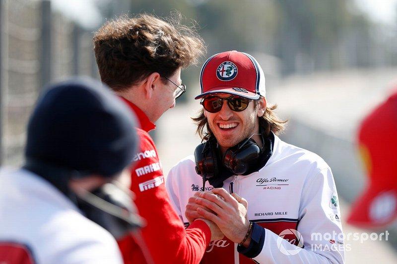 Mattia Binotto, Ferrari Team Principal con Antonio Giovinazzi, Alfa Romeo Racing