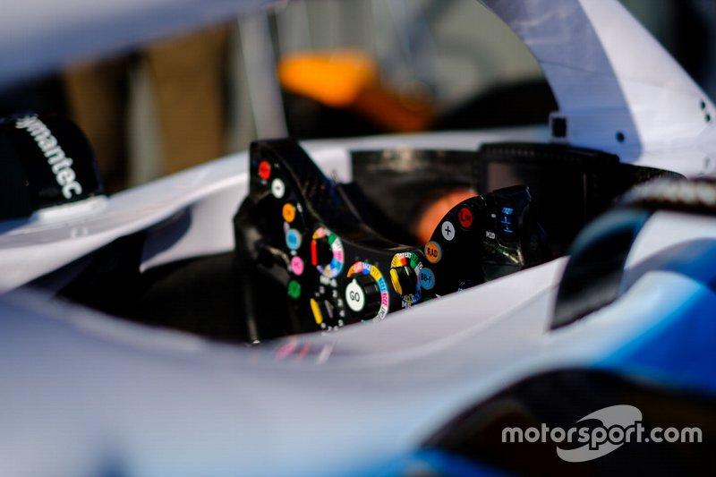 Руль Williams FW42