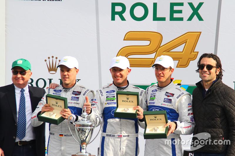 Podium GTLM: winnaars Joey Hand, Dirk Müller, Sébastien Bourdais, Ford Performance Chip Ganassi Raci