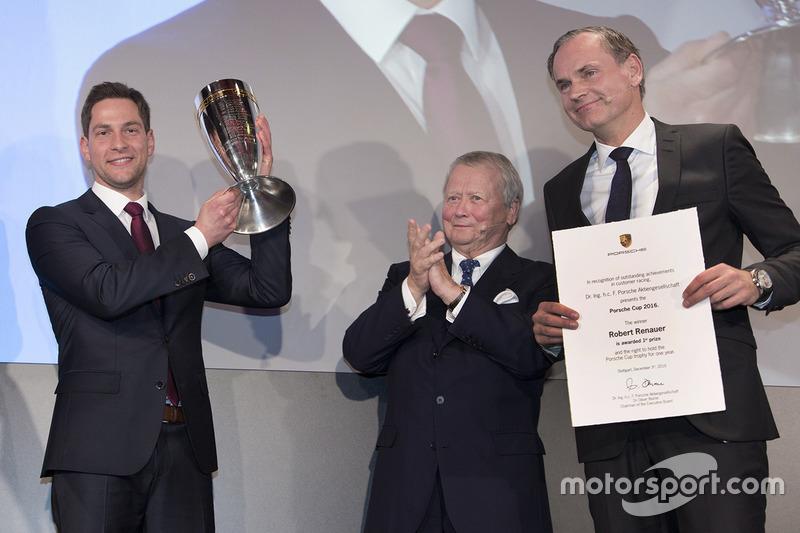 Porsche Cup 2017: ganador Robert Renauer, Dr. Wolfgang Porsche, Presidente de la Comisión de control