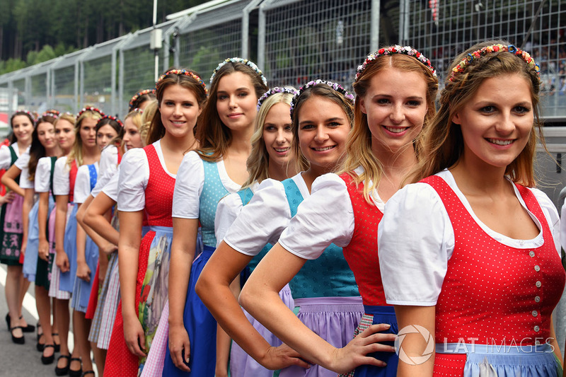 Sexy austrian girls